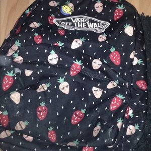 vans backpack (flirt berry)